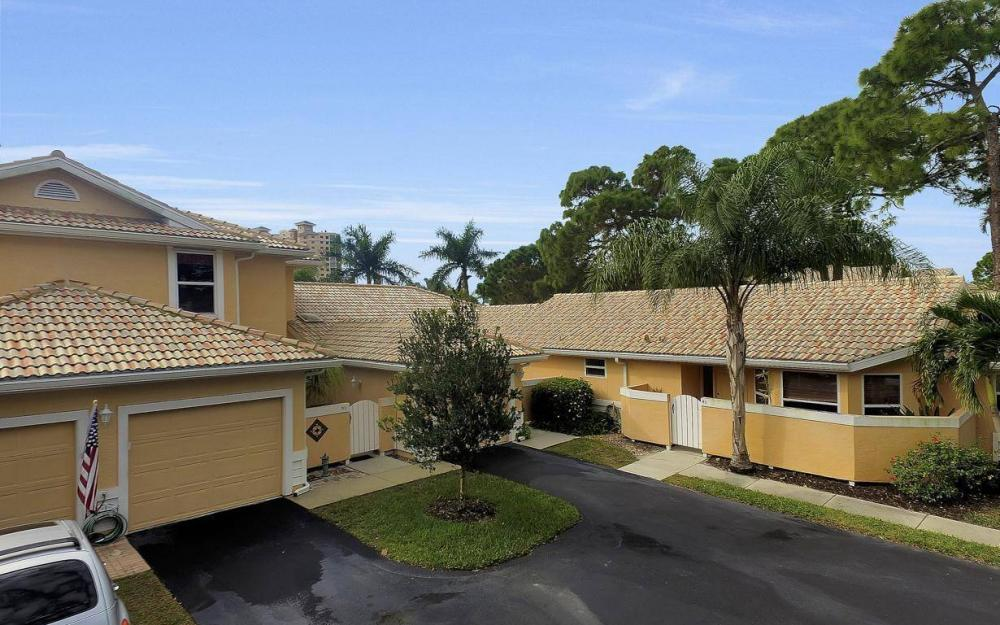327 Emerald Bay Cir W-7, Naples - Condo For Sale 1868525150
