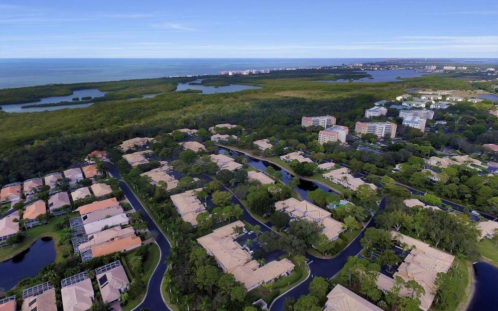 327 Emerald Bay Cir W-7, Naples - Condo For Sale 368752028