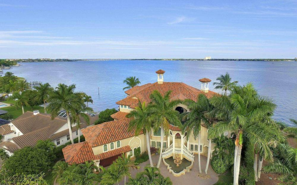 5649 Riverside Dr, Cape Coral - Luxury Home For Sale 727769524