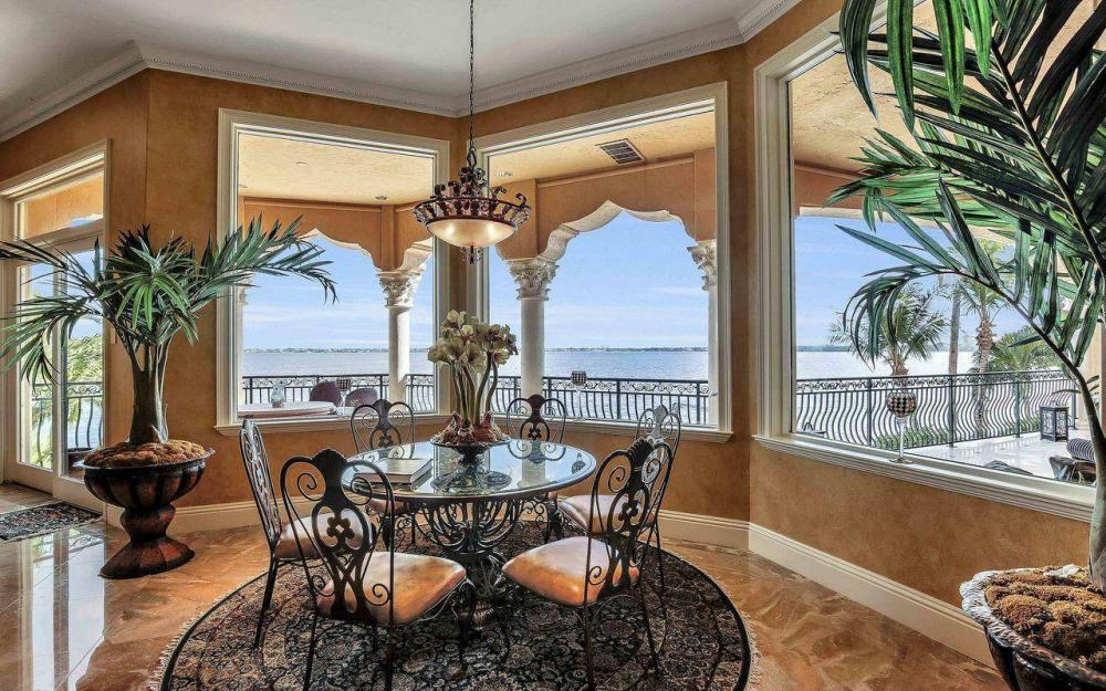 5649 Riverside Dr, Cape Coral - Luxury Home For Sale 1158886311