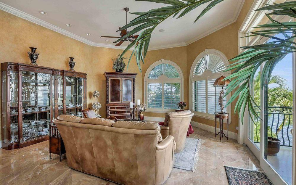5649 Riverside Dr, Cape Coral - Luxury Home For Sale 1017283595