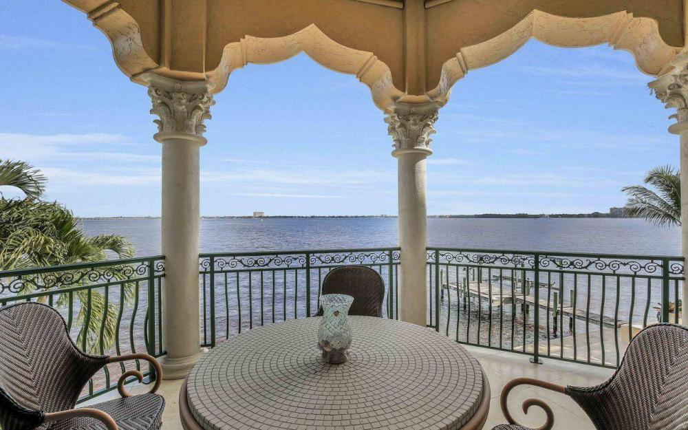 5649 Riverside Dr, Cape Coral - Luxury Home For Sale 2016807749