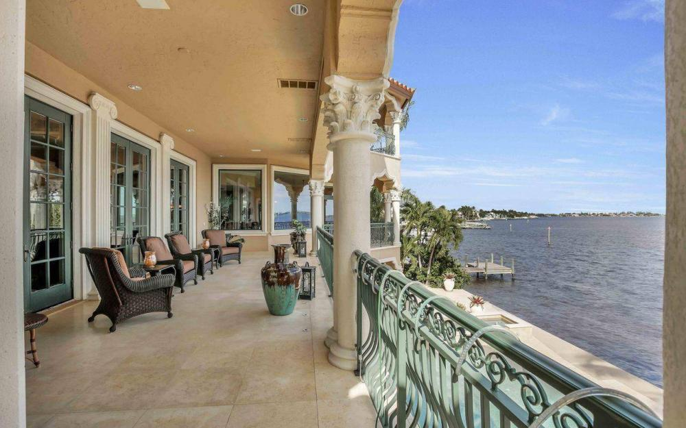5649 Riverside Dr, Cape Coral - Luxury Home For Sale 1008492633
