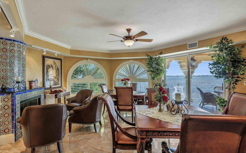 5649 Riverside Dr, Cape Coral - Luxury Home For Sale 1426911192