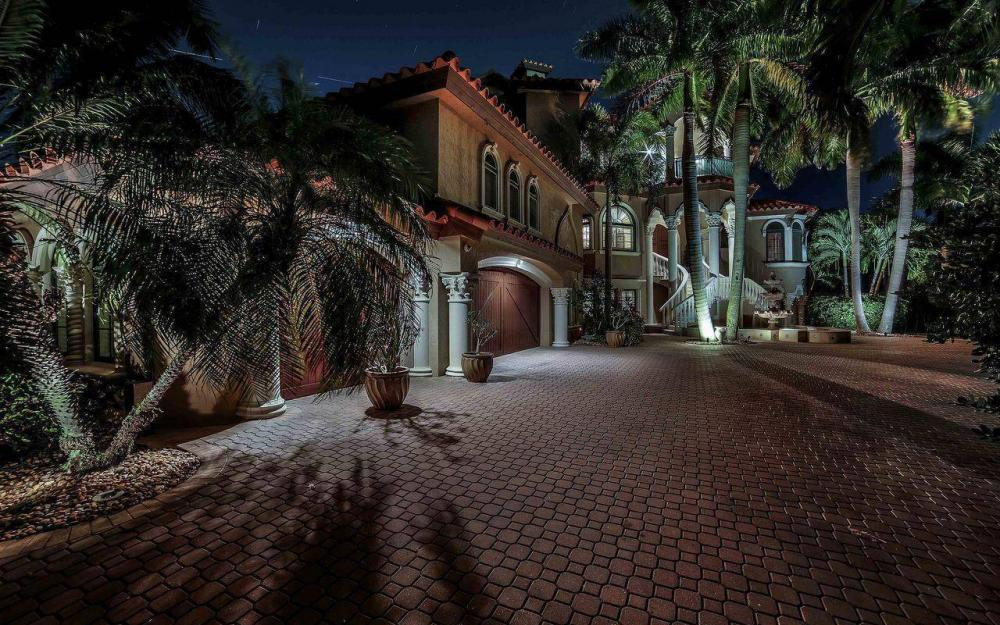 5649 Riverside Dr, Cape Coral - Luxury Home For Sale 741467695