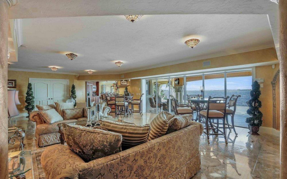 5649 Riverside Dr, Cape Coral - Luxury Home For Sale 510575175