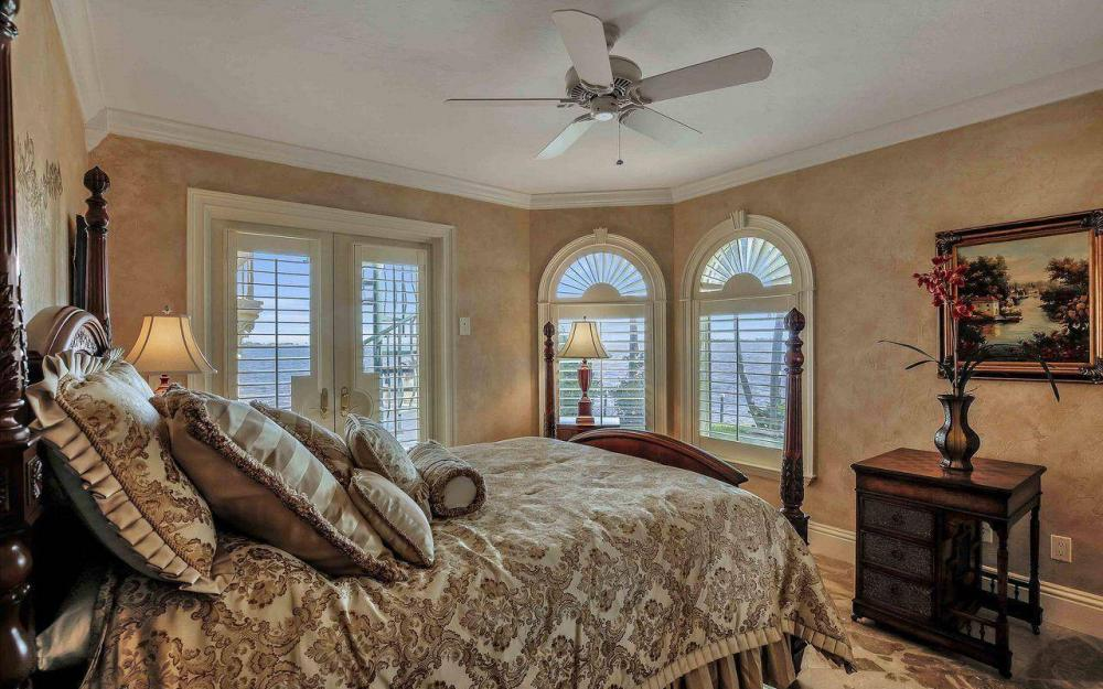 5649 Riverside Dr, Cape Coral - Luxury Home For Sale 1752214047