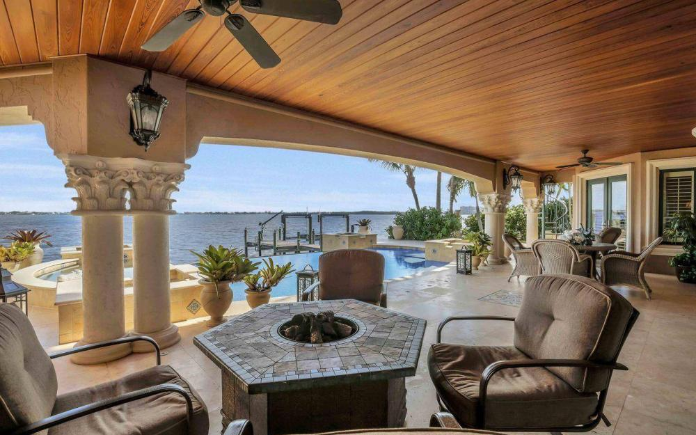5649 Riverside Dr, Cape Coral - Luxury Home For Sale 1295211580