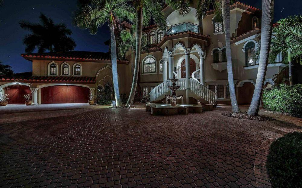 5649 Riverside Dr, Cape Coral - Luxury Home For Sale 269024026