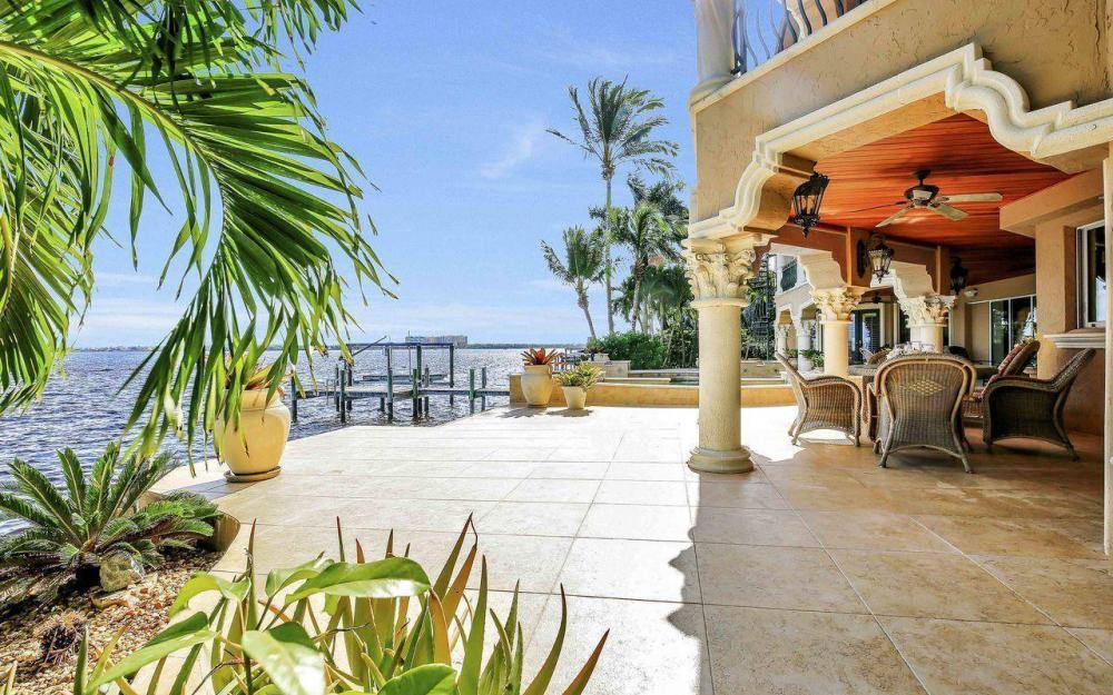 5649 Riverside Dr, Cape Coral - Luxury Home For Sale 144847670