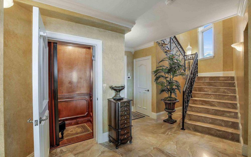 5649 Riverside Dr, Cape Coral - Luxury Home For Sale 1525594209