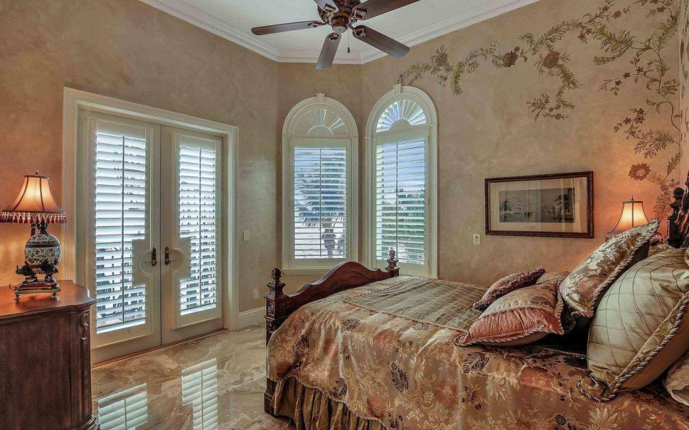 5649 Riverside Dr, Cape Coral - Luxury Home For Sale 569999614