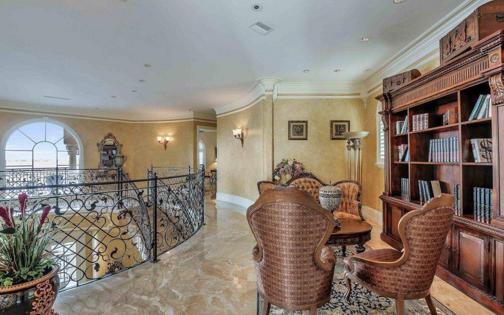 5649 Riverside Dr, Cape Coral - Luxury Home For Sale 1319101497