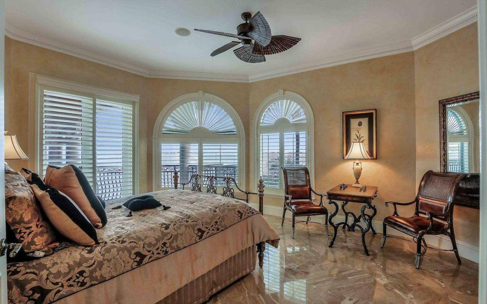 5649 Riverside Dr, Cape Coral - Luxury Home For Sale 83789257