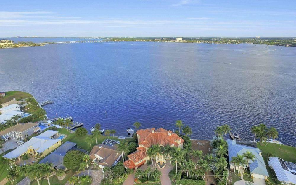 5649 Riverside Dr, Cape Coral - Luxury Home For Sale 1459824165