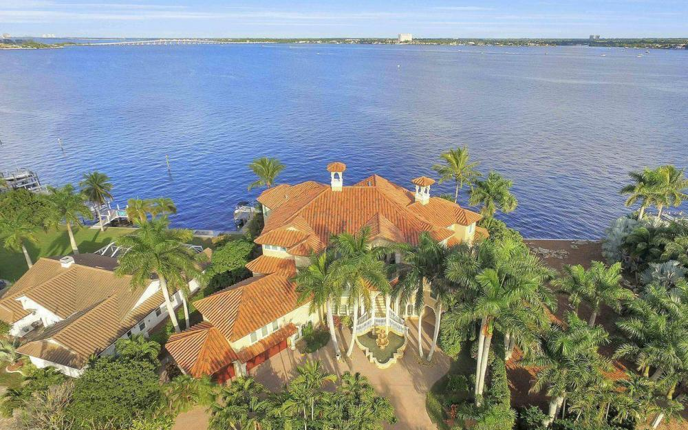 5649 Riverside Dr, Cape Coral - Luxury Home For Sale 415525774
