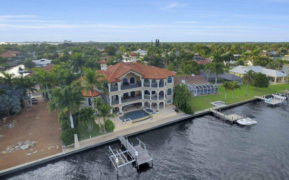 5649 Riverside Dr, Cape Coral - Luxury Home For Sale 665685098