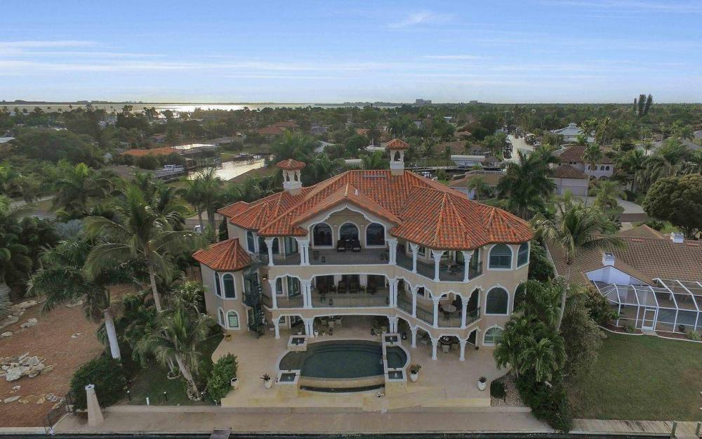 5649 Riverside Dr, Cape Coral - Luxury Home For Sale 1250528058