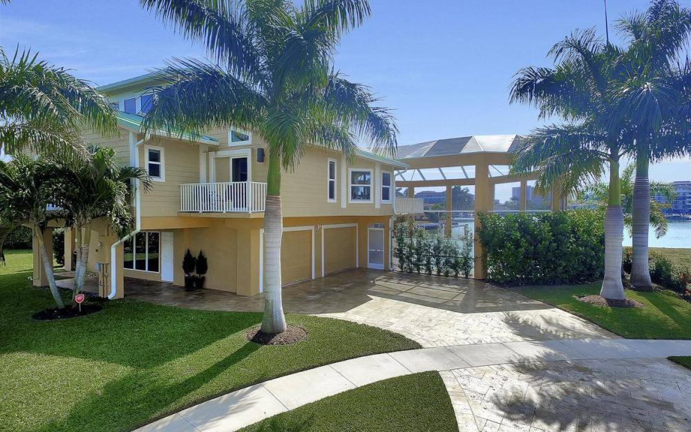 415 Swiss Ct, Marco Island - Home For Sale 856182718