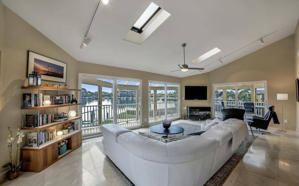 415 Swiss Ct, Marco Island - Home For Sale 342932074