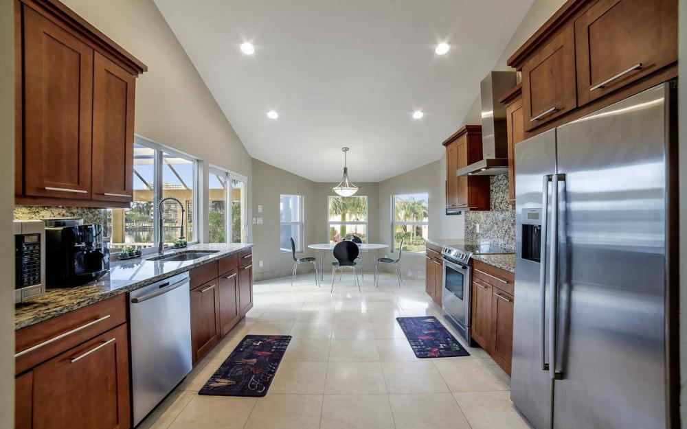 415 Swiss Ct, Marco Island - Home For Sale 1639286461