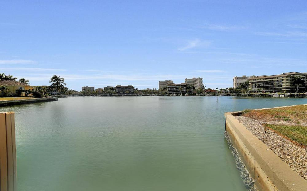 415 Swiss Ct, Marco Island - Home For Sale 1314015151