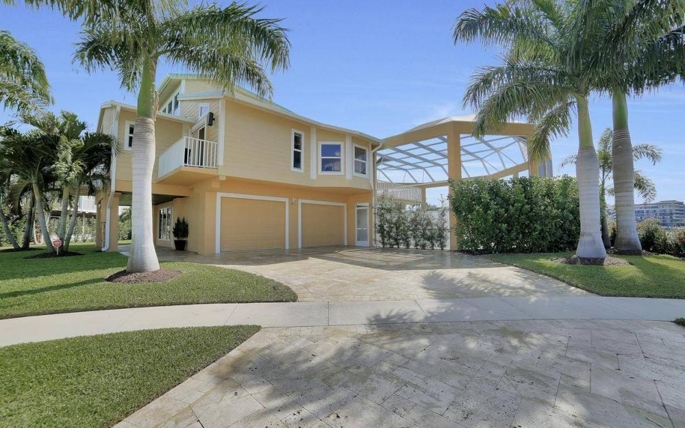 415 Swiss Ct, Marco Island - Home For Sale 1779635010