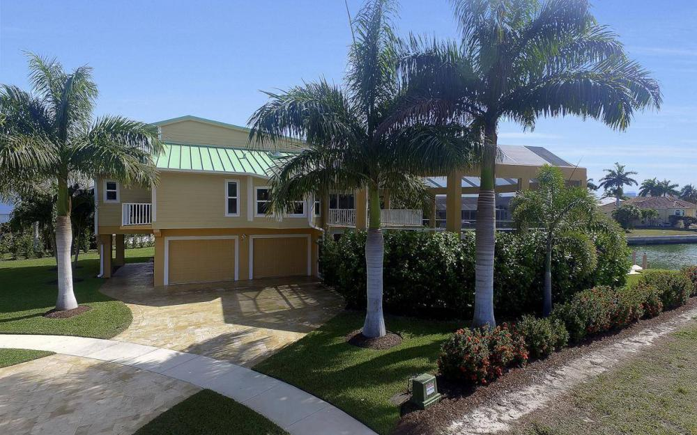 415 Swiss Ct, Marco Island - Home For Sale 1327243220