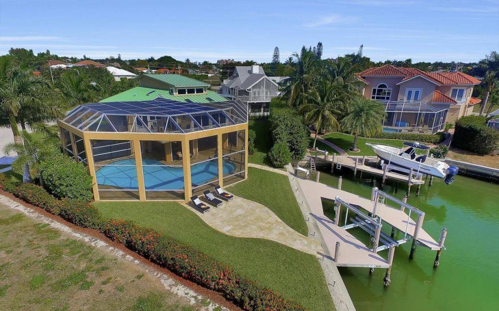 415 Swiss Ct, Marco Island - Home For Sale 328624591
