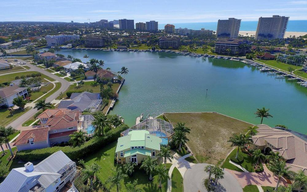 415 Swiss Ct, Marco Island - Home For Sale 1908634190