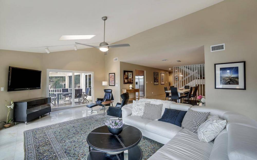 415 Swiss Ct, Marco Island - Home For Sale 129835771