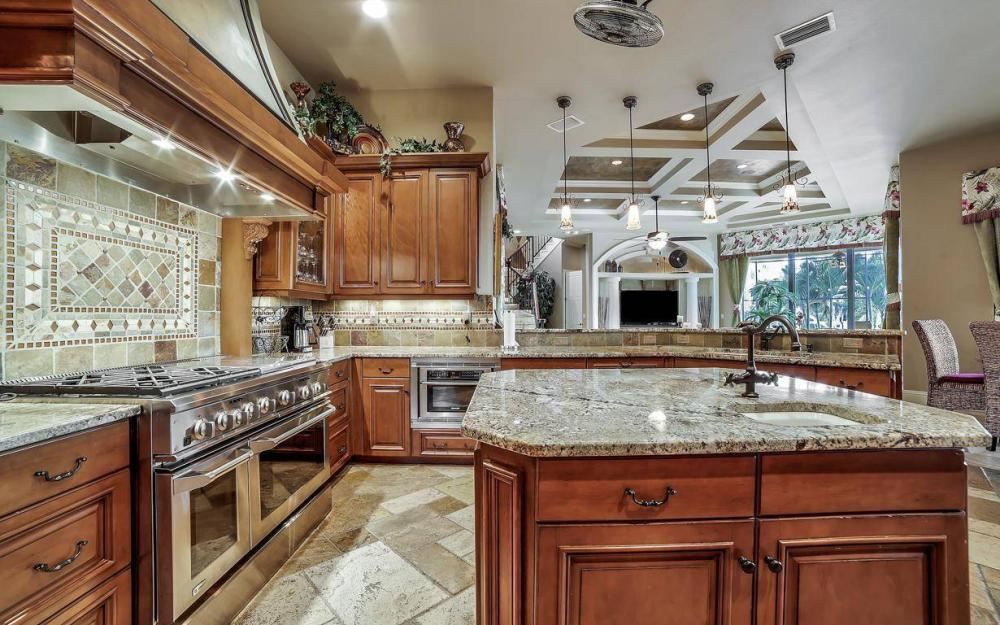 5651 Pennant Ct, Cape Coral - Luxury Home For Sale 104649859
