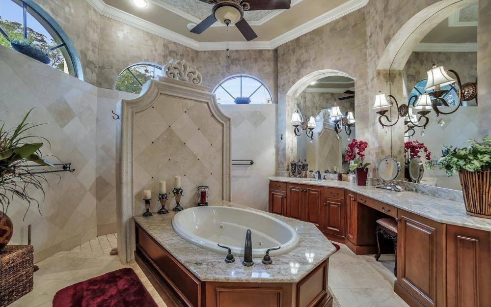 5651 Pennant Ct, Cape Coral - Luxury Home For Sale 1188050186