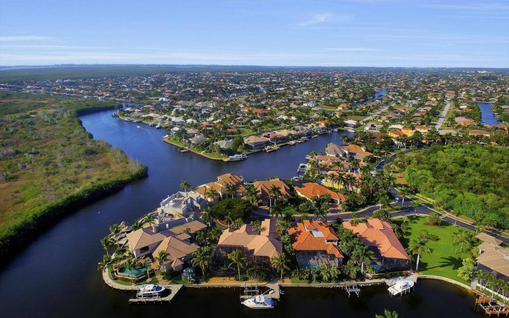 5651 Pennant Ct, Cape Coral - Luxury Home For Sale 947706065