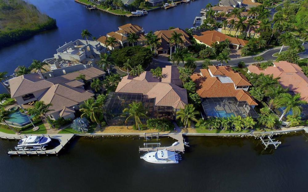 5651 Pennant Ct, Cape Coral - Luxury Home For Sale 2101490110