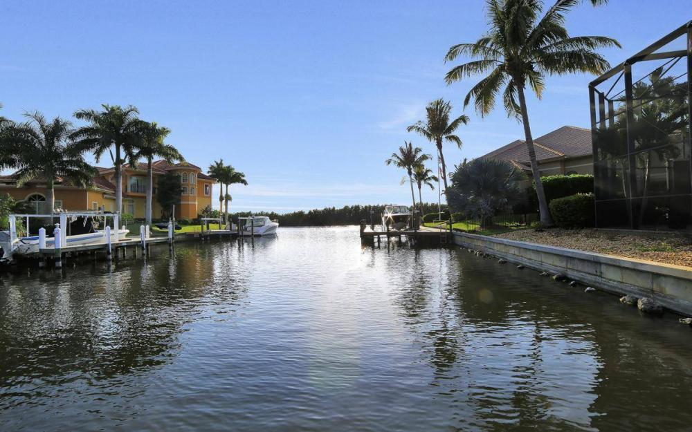 5651 Pennant Ct, Cape Coral - Luxury Home For Sale 449876199