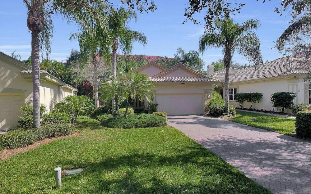 9146 Troon Lakes Dr, Naples - Home For Sale 235644841