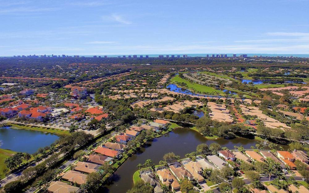 9146 Troon Lakes Dr, Naples - Home For Sale 1255658553