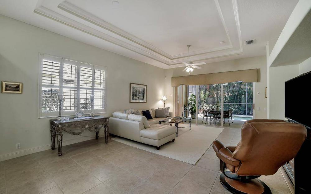9146 Troon Lakes Dr, Naples - Home For Sale 220343912