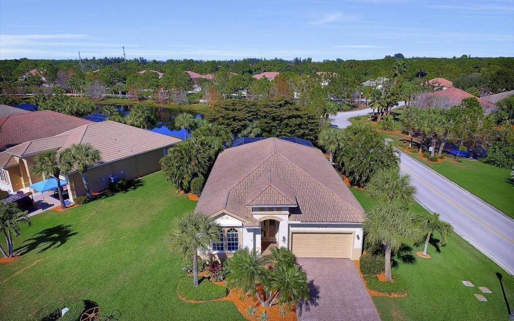 8948 Crown Bridge Way, Fort Myers - Home For Sale 1375572052