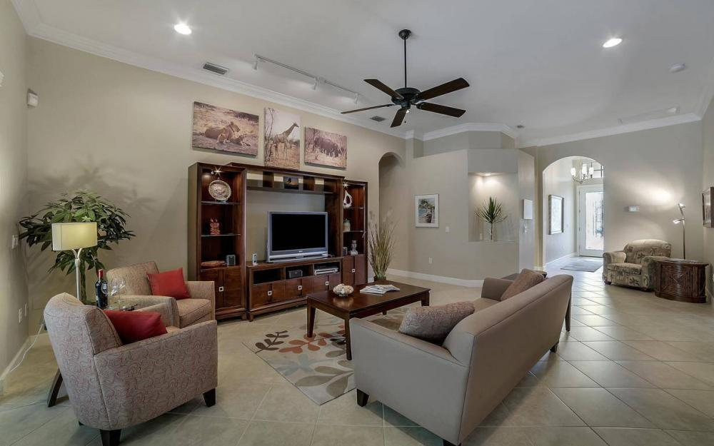 8948 Crown Bridge Way, Fort Myers - Home For Sale 1794961092