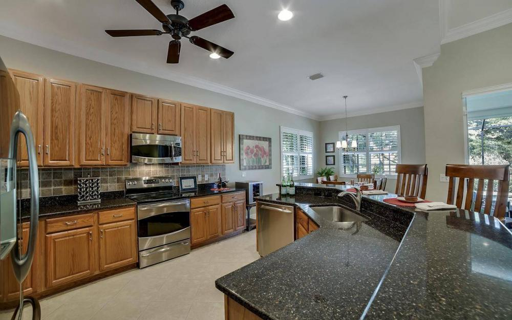 8948 Crown Bridge Way, Fort Myers - Home For Sale 1702038138