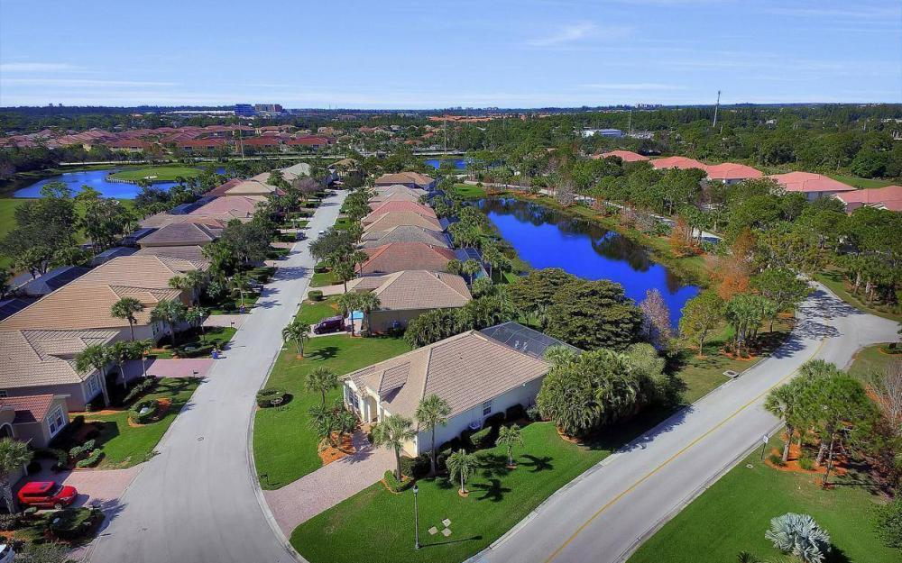 8948 Crown Bridge Way, Fort Myers - Home For Sale 1944595121