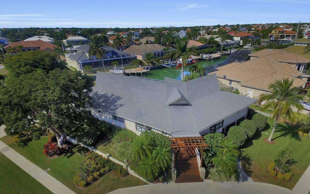 682 Crescent St, Marco Island - Home For Sale 1329595504
