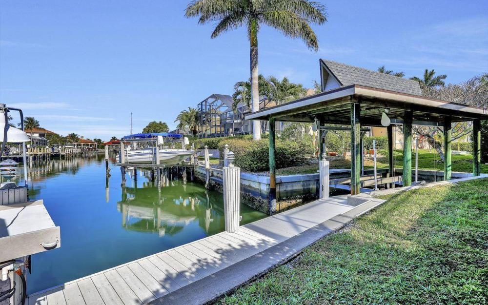 682 Crescent St, Marco Island - Home For Sale 154950973