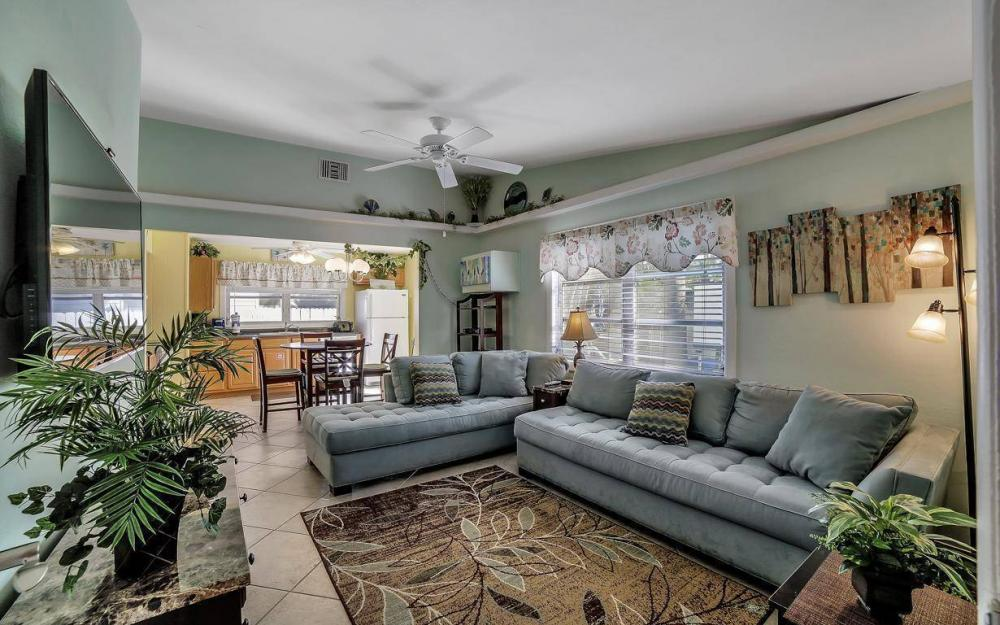 244 Pearl St, Fort Myers Beach - Home For Sale 1287788230