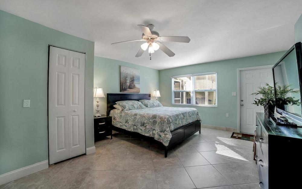 244 Pearl St, Fort Myers Beach - Home For Sale 1151515175