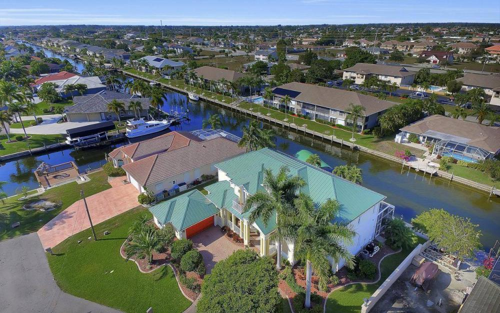 4901 SW 8th Ct, Cape Coral - Luxury Home For Sale 887033880