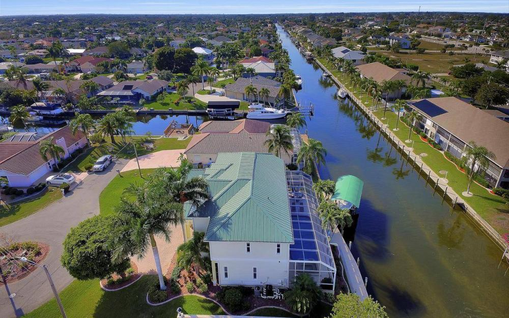 4901 SW 8th Ct, Cape Coral - Luxury Home For Sale 897408302