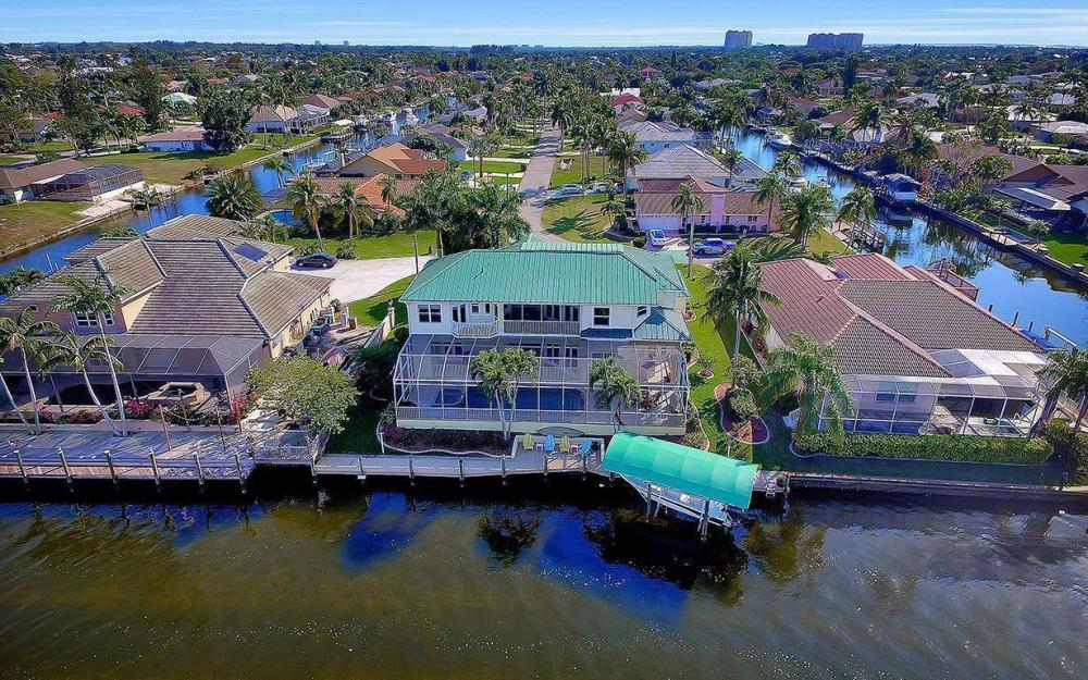 4901 SW 8th Ct, Cape Coral - Luxury Home For Sale 781733960